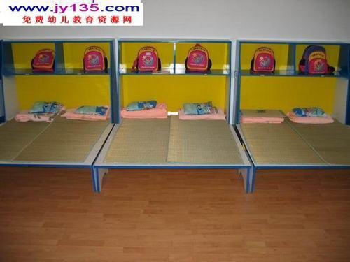 睡房布置幼儿园_幼儿寝室装扮图片寝室装扮创意图图片男生寝室